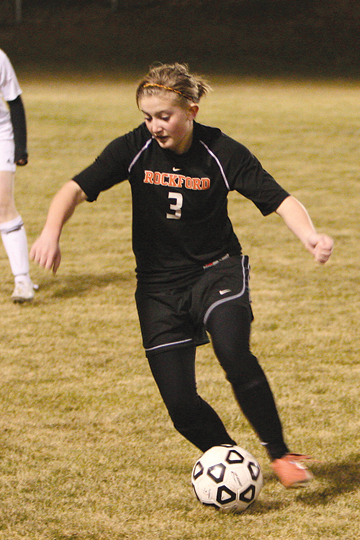 Rams sophomore Sydney Benda prepares to shoot the first goal of the season.	Photo by NANCY DOUD