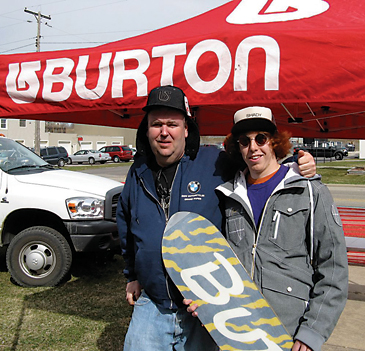 "Rockford's ""Big Jerry"" and Shaun White hang out."
